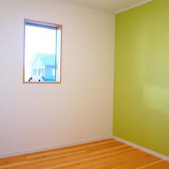 キッズルーム/子供室/壁紙/アクセント/クロス 子供室は1面ガラッとアクセント色を入れる…
