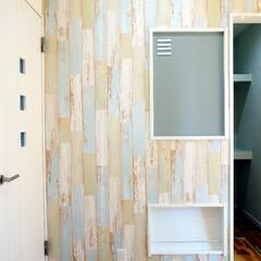 掲示板/ブックスタンド/キッチン/収納 キッチンから見える目と鼻の先の壁に ちょ…