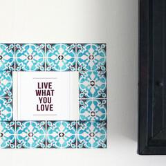 インテリアフィルムテープ/デコルファ/decolfa/ニトムズ/部屋DIY/簡単DIY/... お気に入りのポストカードやポスターを引き…