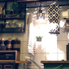 ジグザグ模様/ドリル/キッチン(台所)/シンク/ライト(照明)/ランプシェード/... シンクの照明が欲しくて、ウィパーの空き缶…