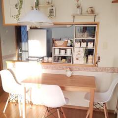キッチンカウンター/キッチン/キッチン雑貨 晴れた朝は 朝陽がさんさんと射し込むキッ…