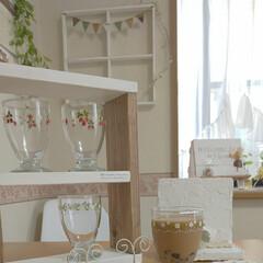 いちご柄のグラス/捨てられない/ダイニングテーブル/出窓のある暮らし/タピオカミルクティー/雨季ウキフォト投稿キャンペーン/... いちご柄のグラスです✨ デイジーのグラス…