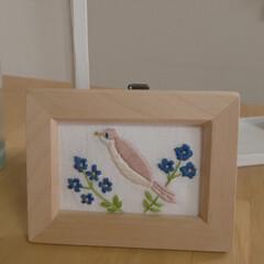 kanaeembroideryさん/刺繍日和 とりさんの刺繍✨ kanaeembroi…(2枚目)