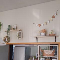 ナチュラルインテリア/キッチンカウンター/まほさんのガーランド/インテリア キッチンカウンター上にガーランドを飾りま…