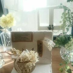 出窓/漆喰/グリーン/インテリア/ハンドメイド 漆喰とドライフラワーです💓