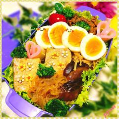 旦那弁当/キャラ弁/デコ弁/お弁当 パパちゃんのお弁当♡(❊´︶`❊)。 ☆…