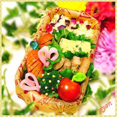 愛情弁当/娘弁当/女子中学生弁当/お弁当 中1娘のお弁当♡(❊´︶`❊)。۞·: