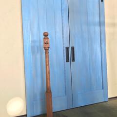 DIY/階段/ポール/サイン/バーンドア/ドア 階段を構成する部材のひとつ、親柱を使って…