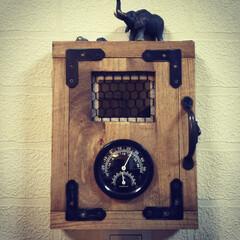 インダストリアル感/アンティーク調/湿度温度計/インターホンカバー/DIY インターホンモニターカバーを作りました!…