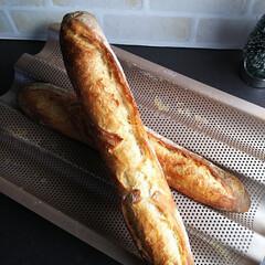 おうちごはん/フード/フランスパン/バケット/手作りパン 久々にバケット🥖焼きました😃