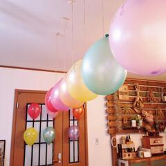 風船/ありがとう/飾りつけ/サプライズ/子供たちから/誕生日/... 仕事から帰宅すると 今日がお誕生日の私の…