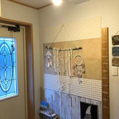 ドリームキャッチャー/マクラメタペストリー/DIY/雑貨/玄関/節約/... 玄関にあるマクラメタペストリーは ハンド…