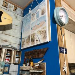 リビング壁面/ペイントDIY/フォロー大歓迎/DIY/住まい/おうち自慢 リビング壁面の一部はブルー  板壁スペー…