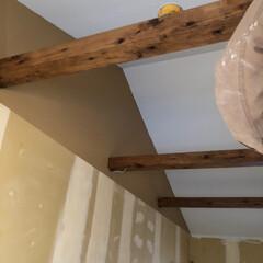 塗料 ターナー色彩 オールドウッドワックス OLD WOOD WAX 350ml*1/10__oww-350- | ターナー(ペンキ、塗料)を使ったクチコミ「中古物件狭小住宅 リノベーション中  梁…」