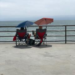 桟橋/ハンティントンビーチ/西海岸/アメリカ/フォロー大歓迎/おでかけ/... 桟橋の上で椅子に座って ボ〜っと波を見て…
