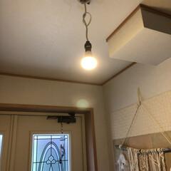 裸電球/玄関ライト/玄関/雑貨 玄関ライトは裸電球💡 お気に入りにカバー…