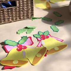 クリスマスディスプレイ/壁面飾り/制作/画用紙/フォロー大歓迎/リミアな暮らし 職場で画用紙を使って クリスマス🎄飾りを…