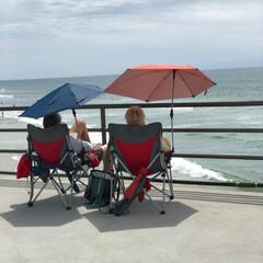 桟橋/ハンティントンビーチ/西海岸/アメリカ/フォロー大歓迎/おでかけ/... 桟橋の上で椅子に座って ボ〜っと波を見て…(2枚目)