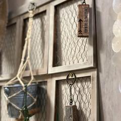 キーホルダー/フォロー大歓迎/ハンドメイド/DIY/雑貨/100均/... セリア材料で古材風キーホルダーを 作りま…
