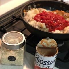 晩御飯/チキンライス/トマト缶🥫/犬/グルメ/おうちごはん 我が家のチキンライスやオムライスにはトマ…