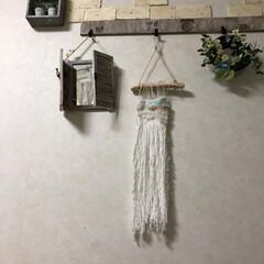 毛糸/流木/ウィービングタペストリー/ハンドメイド/雑貨/100均/... 冬は毛糸を使ってハンドメイドをしたくなり…