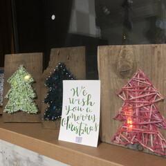 ストリングアート/クリスマスツリー/手描き/クリスマスカード/ハンドレタリング/クリスマス2019/... 我が家はハンドメイドクリスマス🎄  もち…