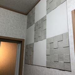 湿気取り/脱衣所/壁面/エコカラットタイル/DIY 脱衣所にエコカラットタイル貼っています …