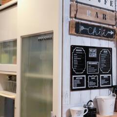 パレット/キッチン雑貨/DIY/キッチン/食器棚/100均 我が家のキッチン食器棚  近々中古物件リ…