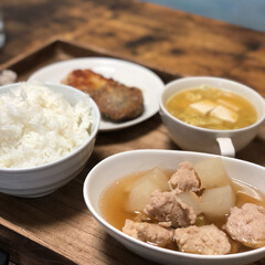 トレイDIY/晩御飯/フォロー大歓迎/わたしのごはん/おうちごはんクラブ メインのおかずは 大根と鶏つみれの煮物 …
