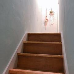 アンティークワックス 120g ターナー色彩 | ターナー(ワックス)を使ったクチコミ「中古物件リノベーション 階段塗装できまし…」(1枚目)