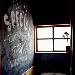 リノベーション/モルタル風/コンクリート/トイレ/リフォーム/ステンシル/... 2階のトイレはコンクリート風塗装!ペイン…