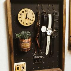 スリーコインズ/カフェ風/DIY/雑貨/100均/セリア/... 玄関に時計置きスペース作ってみました!!