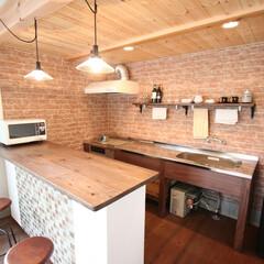 キッチン/事務所/カウンター/ステンレスキッチン 弊社の一階。モデルルームも兼ねており、昼…
