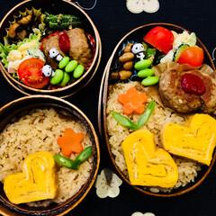 炊き込みご飯/お弁当/フード 今日のお弁当🍱🍙 炊き込みご飯 ハンバー…