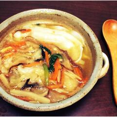 ダイエット/秋/おうちごはん/中華スープ/ヘルシーメニュー/野菜/... 昨日の残りの水餃子を使った中華スープ。 …