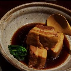 秋/おうちごはん/豚角煮/コーラ/ほっこり/あったかおかず コーラで煮込んだ豚角煮。 お肉は炭酸で煮…