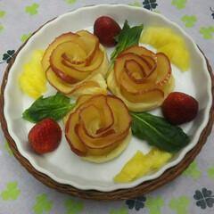 アップルパイ アップルパイをアレンジして薔薇の形にしま…