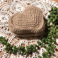 ハート型/ポーチ/編み編み大好き/雑貨/ハンドメイド/雑貨だいすき ハート型のポーチ編み編みしました🤗 小ぶ…