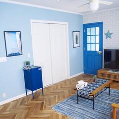 ラグ/シーリングファンライト/収納/リビングテーブル/バーンスター/ブリックタイル/... IKEAでブルーのキャビネットを買いまし…