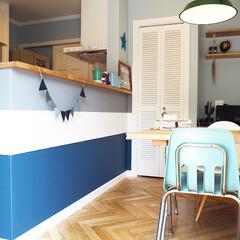 ダイニング/virco/バーンスター/ルーバー/ガーランド/ペンダントライト/... 元々紺一色だったキッチンカウンターをペン…