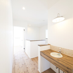 洗面台 2階のホールにもオリジナル洗面台。
