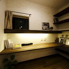 カウンター/本棚 こだわりのお仕事スペース。