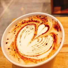 珈琲/コーヒー/カフェラテ/朝/フォロー大歓迎/おでかけ/... おはようございます🌞 今日は朝ラテアート…