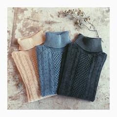 お洒落/ニット/cableknit/住まい/ファッション/おでかけ ❉cable  knit 販売中です。 …