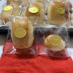 ミルク/チーズ/手作り/パン 今日はパヴェとポンデケージョ😊 ポンデケ…(1枚目)