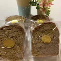 ふわっふわ/コーヒー/食パン/手作り/パン コーヒーパン🍞のコーヒークリームサンド☕…(1枚目)
