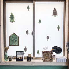 子どもと暮らす/子ども部屋/クリスマス2019/リミアの冬暮らし/100均/DIY/... ココは子ども部屋の窓辺ッ𖠋 𖠋 ⡱  明…