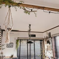 DIY/雑貨/100均/インテリア/家具/住まい/... リビングとダイニングの境に作った梁。  …