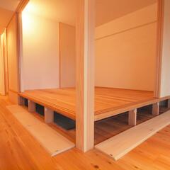 土間スペースと小上がり寝室・床下収.../リノベーション/リフォーム/マンション/小上がり/床下収納/... ■小上がりの床下は大容量の床下収納■  …