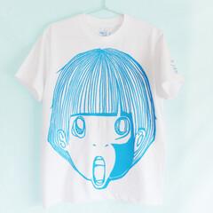イラスト/Tシャツ 女の子のイラストが全面にどーんとプリント…